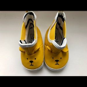 Yellow boots for 3-6 month old baby